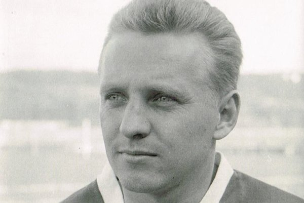 Anton Pokorný v drese Jednoty Trenčín