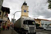 Cesta bude zablokovaná cez Krupinu aj ďalšie mestá.