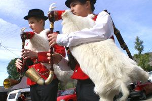 Z medzinárodného gajdošského festivalu v Oravskej Polhore v roku 2007.