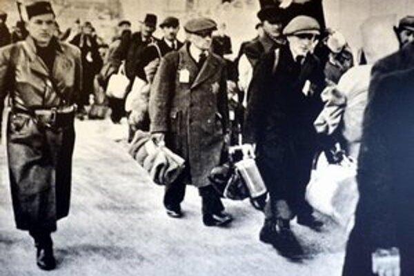Czatáry zohral v roku 1944 dôležitú rolu pri deportáciách židov do Osvienčimu.