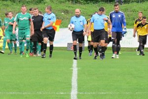 V 3. kole Slovenského pohára sa proti sebe postavili Oravská Poruba (v zelenom) a Námestovo (v žltom).