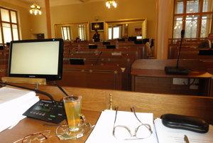 O tom, kto zasadne do týchto lavíc v historickom Župnom dome, rozhodneme 4. novembra.