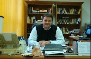 Profesor Peter Sinčák.