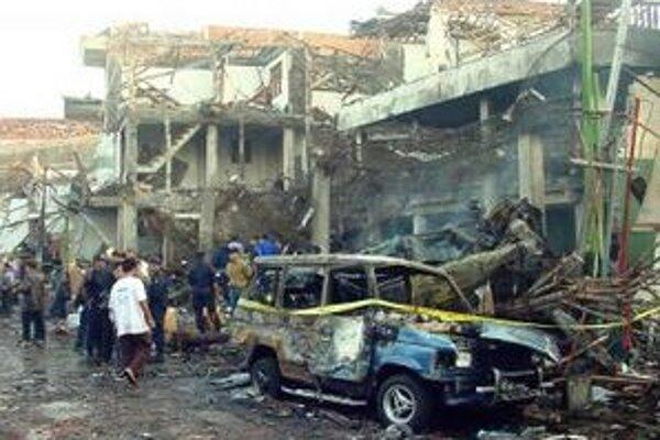 Útoky pripravili o život vyše dvesto ľudí.