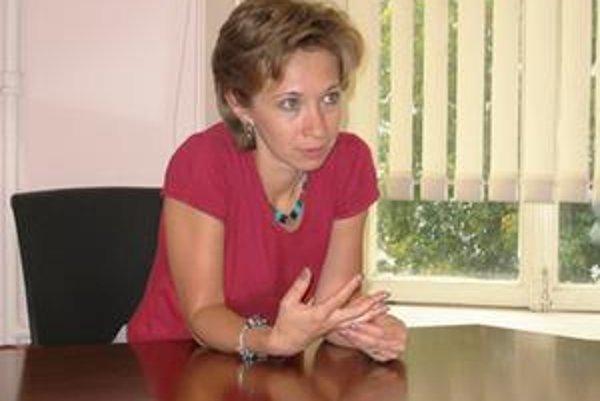 Natália Taubinová sa dvadsať rokov pohybuje vo sfére ochrany ľudských práv v Rusku. Za tú dobu pracovala pre celú radu organizácií, teraz už sedem rokov šéfuje fondu Verejný verdikt, nevládnej organizácii pomáhajúcej ľuďom, ktorí sa stali obeťami policajn