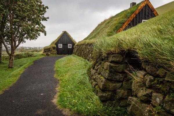 Čarovný zlatý okruh na Islande (Cestopis)