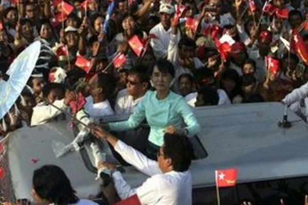 Opozičná líderka Aun Schan Su Ťij.