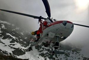 Zásah vrtuľníka pod Rysmi.