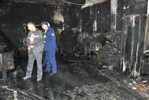 Zisťovateľ požiaru pri práci.