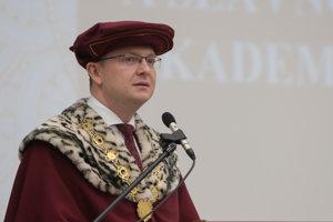Akademický rok otvoril rektor univerzity.