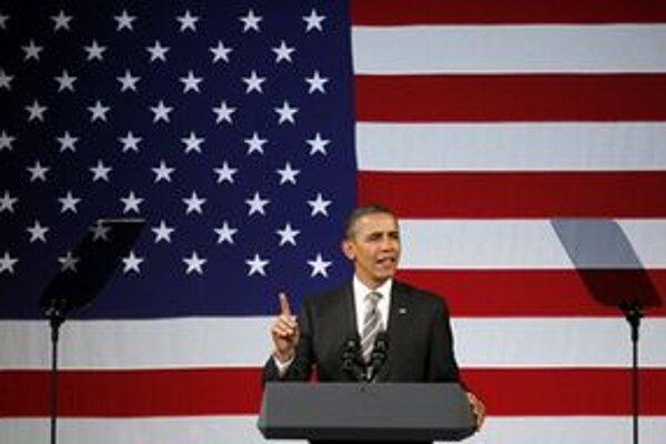 Obama svojich tohtoročných súperov porovnal s republikánom Johnom McCainom.