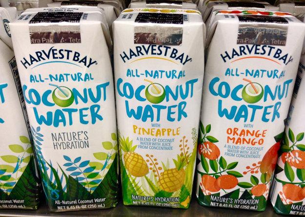 Kokosová voda sa predáva prírodná, ale aj dochucovaná.