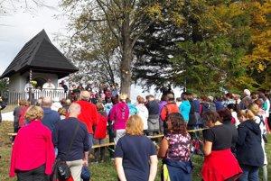 Pri kaplnke sa modlilo viac ako štyristo pútnikov.