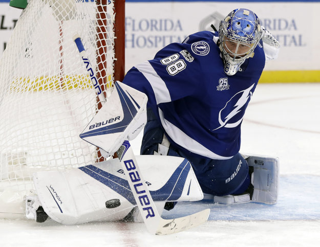 V Tampe je zatiaľ jasnou jednotkou Andrej Vasilevskij. Budaj neodchytal ani minútu v novej sezóne NHL.