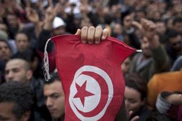 Tunisá opozícia sa teší z bezprecedentnej slobody po rokoch štátnej kontroly.