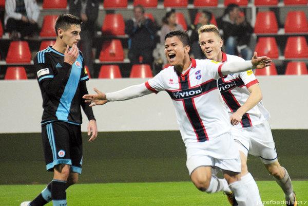 Ewerton Paixao Da Silva sa tešil z dvoch gólov do siete Slovana. A ViOn vyhral!
