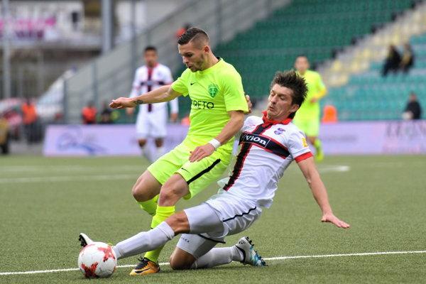 Nikolas Špalek (v žltom) ešte ako hráč Žiliny.