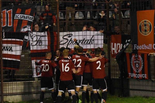 Spartak Trnava je na čele tabuľky. Potvrdí skvelú formu aj v najväčšom derby?