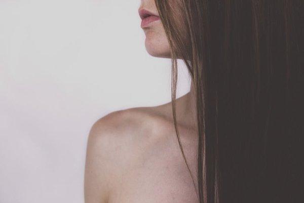 Frekvencia umývania vlasov šampónom závisí od typu vlasov.