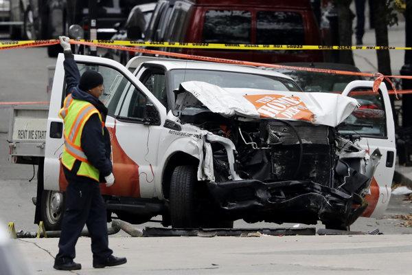 Pick-up, ktorým útočník v New Yorku zrážal ľudí.