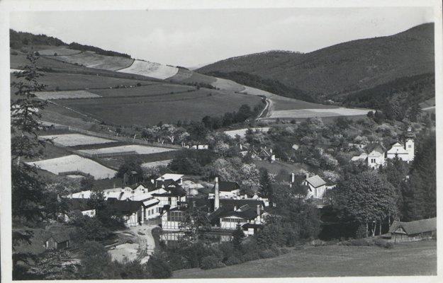 Pohľad na obec Štós v roku 1936.