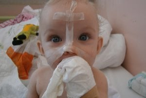 V nemocnici je Nikolka od šiestich mesiacov.