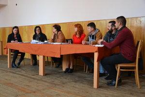Volebná komisia v Obeckove.