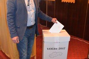 V Mýtnej odvolil aj Pavel Greksa, kandidát na župana BBSK.