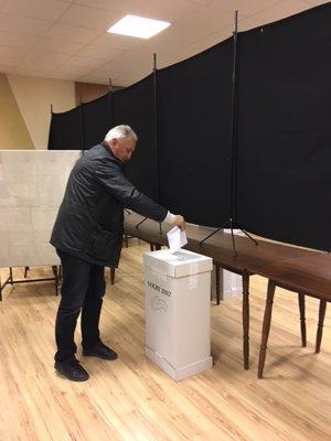Volebná miestnosť v obci Špačince.