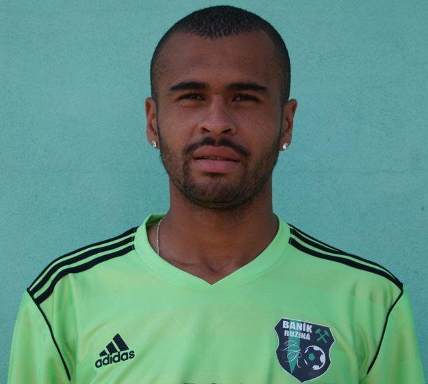 Dionatan Teixeira prišiel v drese TJ Baník Ružiná. Obliekal si ho ako 20-ročný.