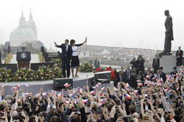 Obama zavíta do Prahy znovu po roku. Po slovách majú prísť činy.
