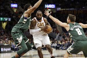 Basketbalisti Clevelandu zvížazili na domácej palubovke nad Milwaukee.