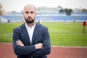 Ivan Kmotrík ml. je dva a pol roka prvý mužom vo futbalovom Slovane.