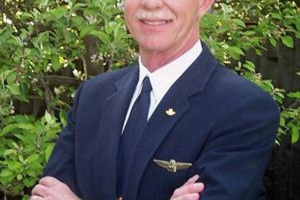 Kapitán Sullenberger.