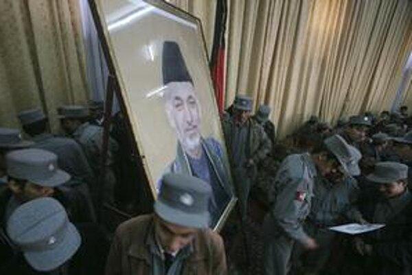 Obraz afganského premiéra už nie je populárny vo Washingtone ani v Afganistane.