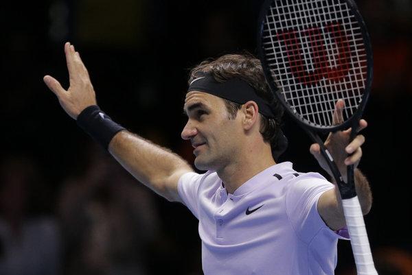 Roger Federer sa teší z víťazstva nad Marinom Čiličom.