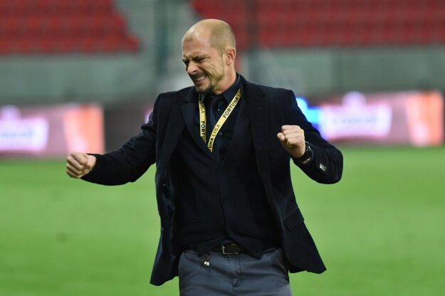 Pod vedením Nestora El Maestra dosahujú futbalisti Spartaka Trnava skvelé výsledky.