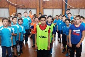Žiaci 1.-4. ročníka sa tešia na nový ročník futbalovej súťaže medzi školami.
