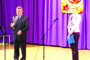 V úvode starosta obce Štefan Belko privítal dôchodcov.