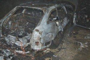 V aute uhorel 54-ročný muž.
