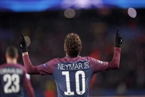 Neymar je v Paríži hviezdou.