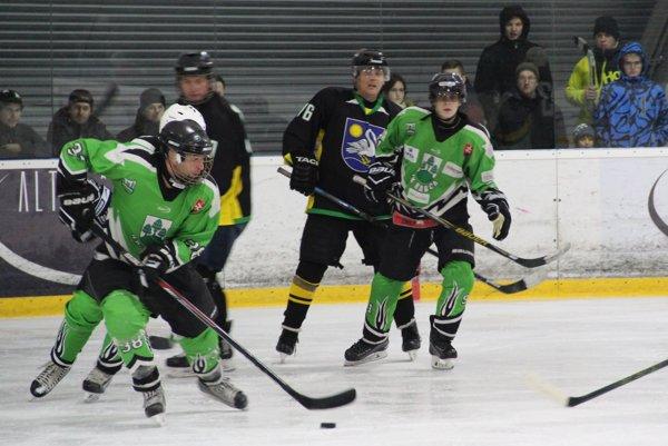 V súboji Rabče (v zelenom) a Vavrečky (v čiernom) padlo až 13 gólov.
