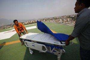 Zdravotný personál v nemocnici v Káthmandú.