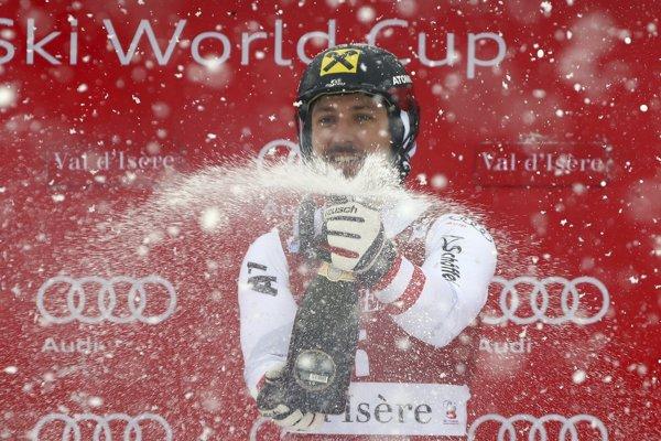 Marcel Hirscher sa raduje z víťazstva.