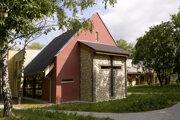 Krížová cesta pribudla v kaplnke nitrianskeho hospicu.