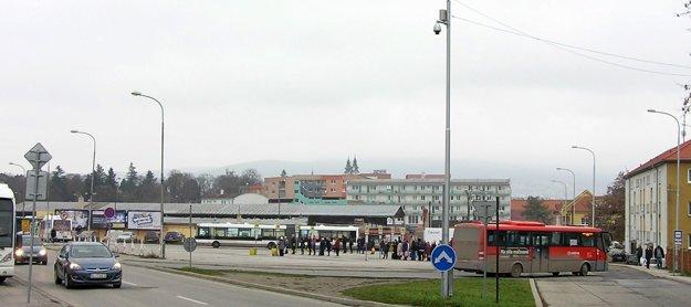 Kamera na Staničnej monitoruje aj autobusovú stanicu.