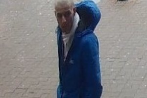 Hľadajú tohto muža, ktorý by mohol pomôcť objasniť prípad krádeže bicykla.