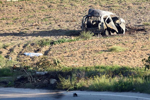 Miesto vraždy maltskej novinárky Daphne Caruanovej Galiziovej, ktorá zomrela 16. októbra 2017 pri výbuchu svojho auta.