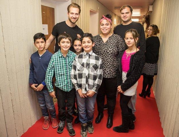 Samo Tomeček s deťmi