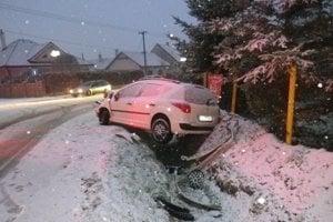 Dopravná nehoda v Dežericiach.
